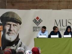 Mustafa Kutlu'dan Anadolu Mektebi öğrencilerine.